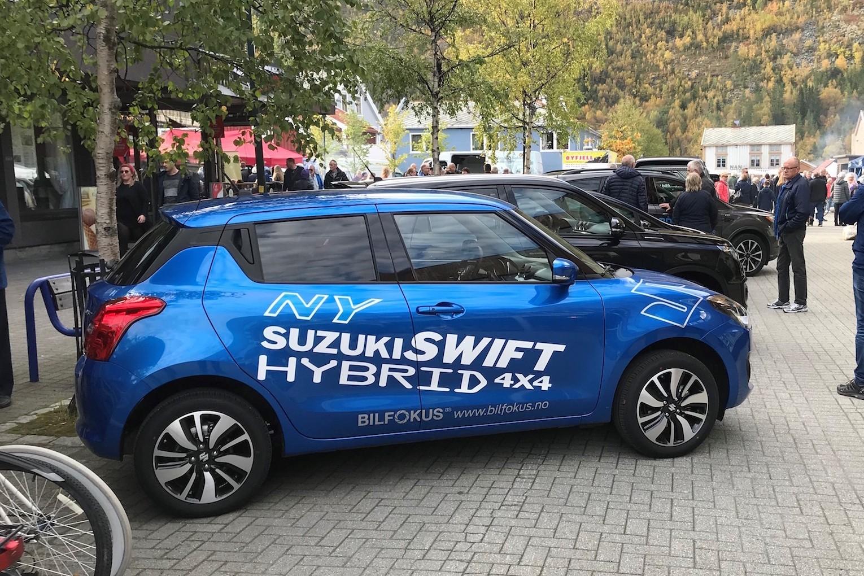 Nye Suzuki Swift Hybrid har permanent firehjulstrekk med lave utslipp og med en gunstig pris.